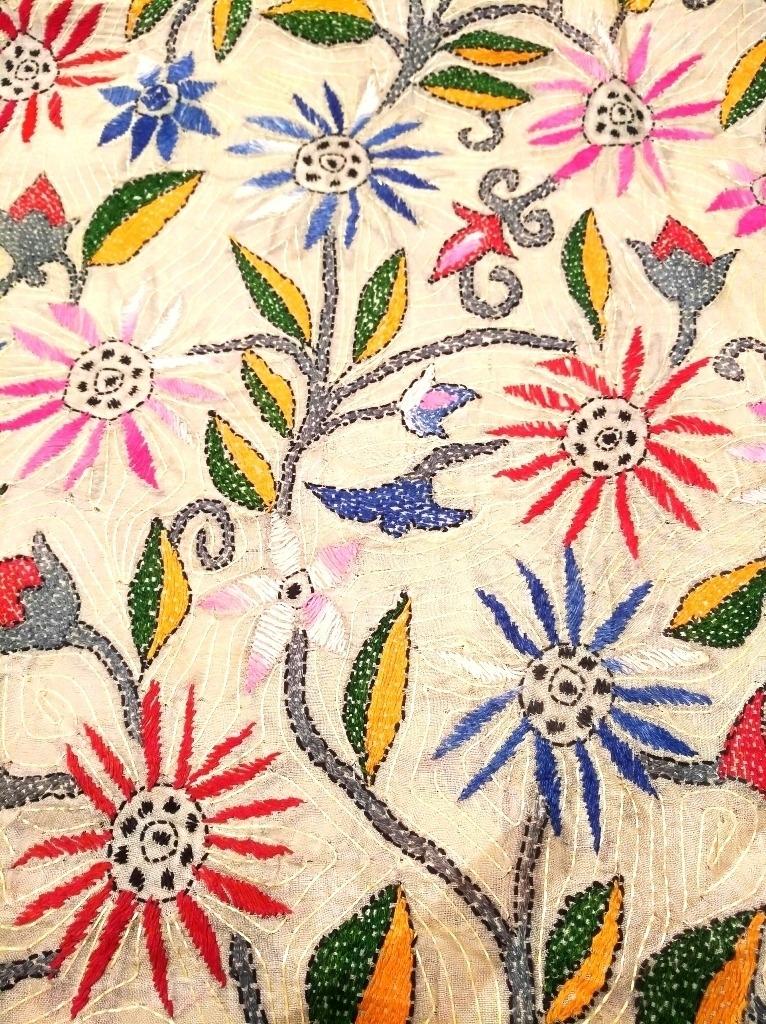 Wandbehang Kantha Blumen