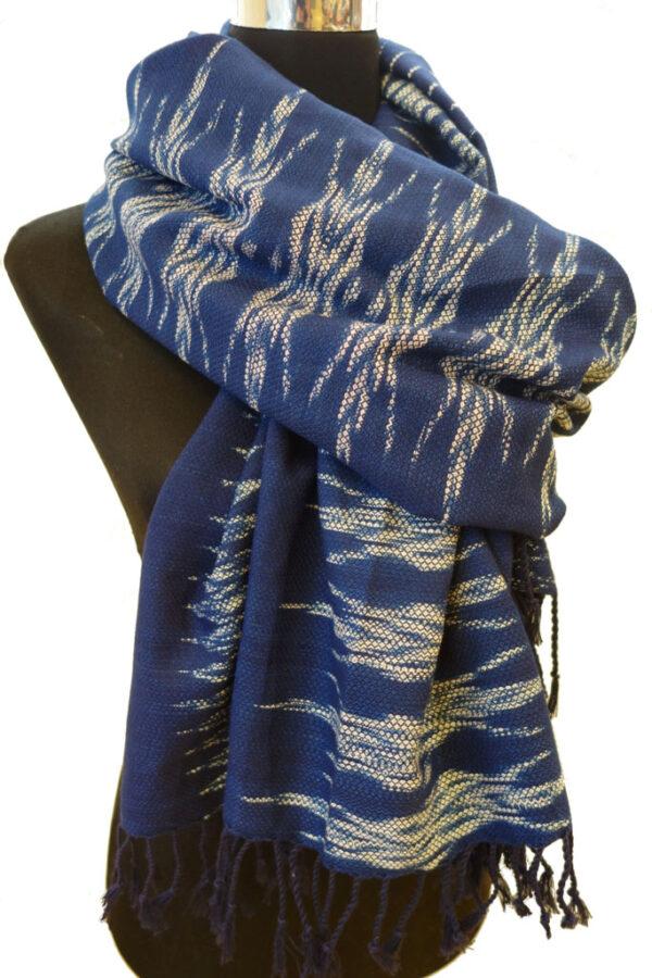 Indigo Ikat Schal