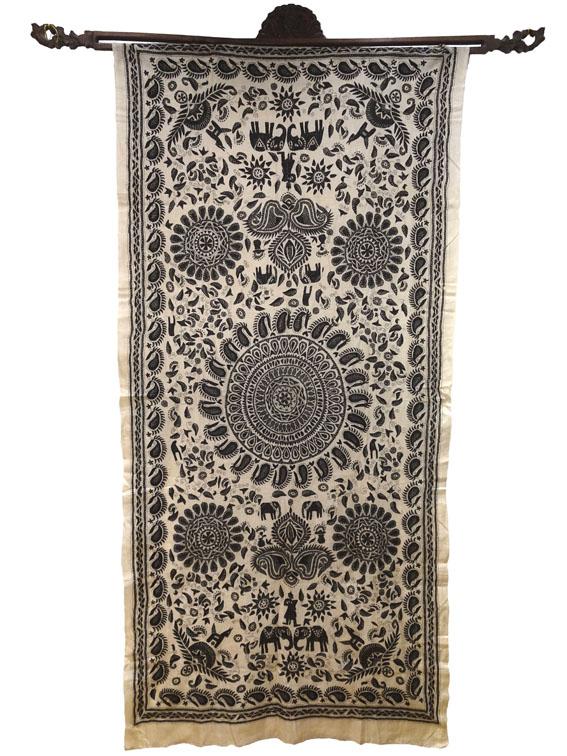 Wandbehang Mandala Seide handbestickt