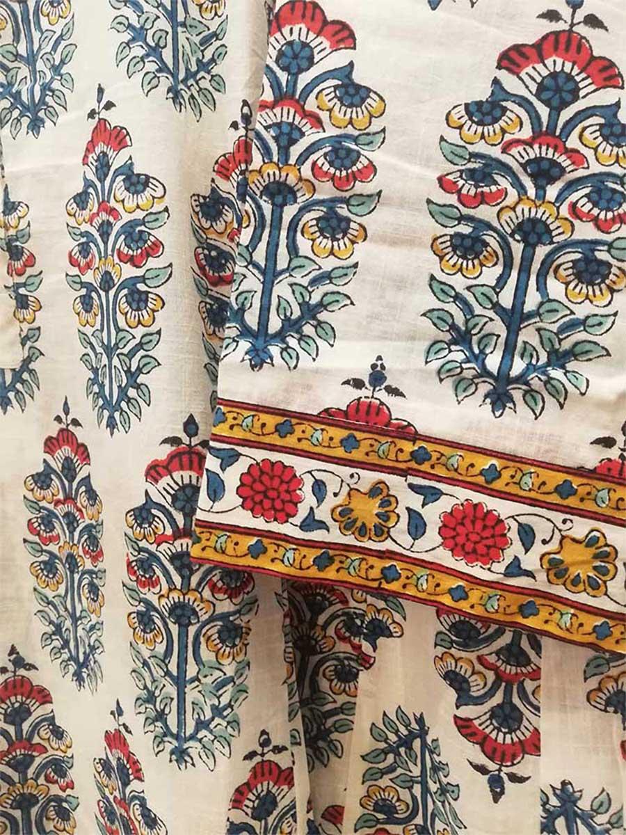 Kleid weiß Detail Ärmel